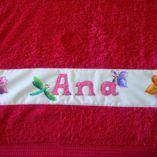 toalla-ana-mariposas-min