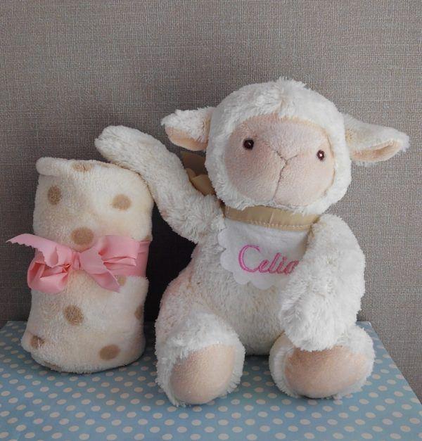 peluche oveja con manta personalizado