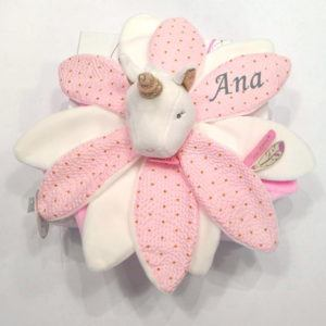 Dou dou flor unicornio