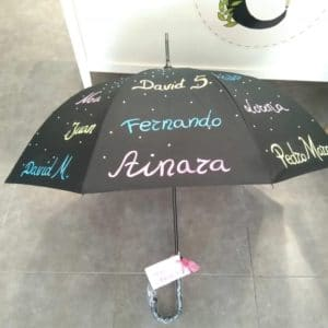 Paraguas con nombres