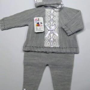 Trajecito de punto lana gris con capota  0 meses