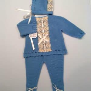 Trajecito de punto lana azul con capota  0 meses