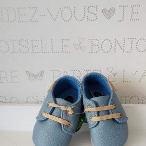 Zapatos cordones azul sombra